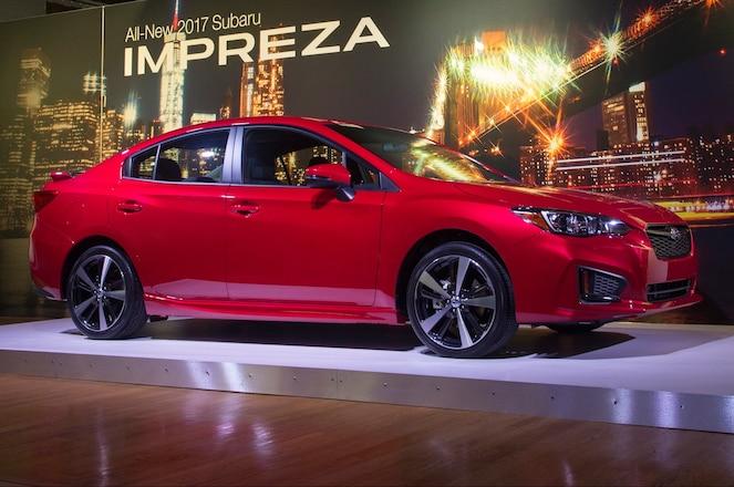 2017 Subaru Impreza sport front three quarter 03