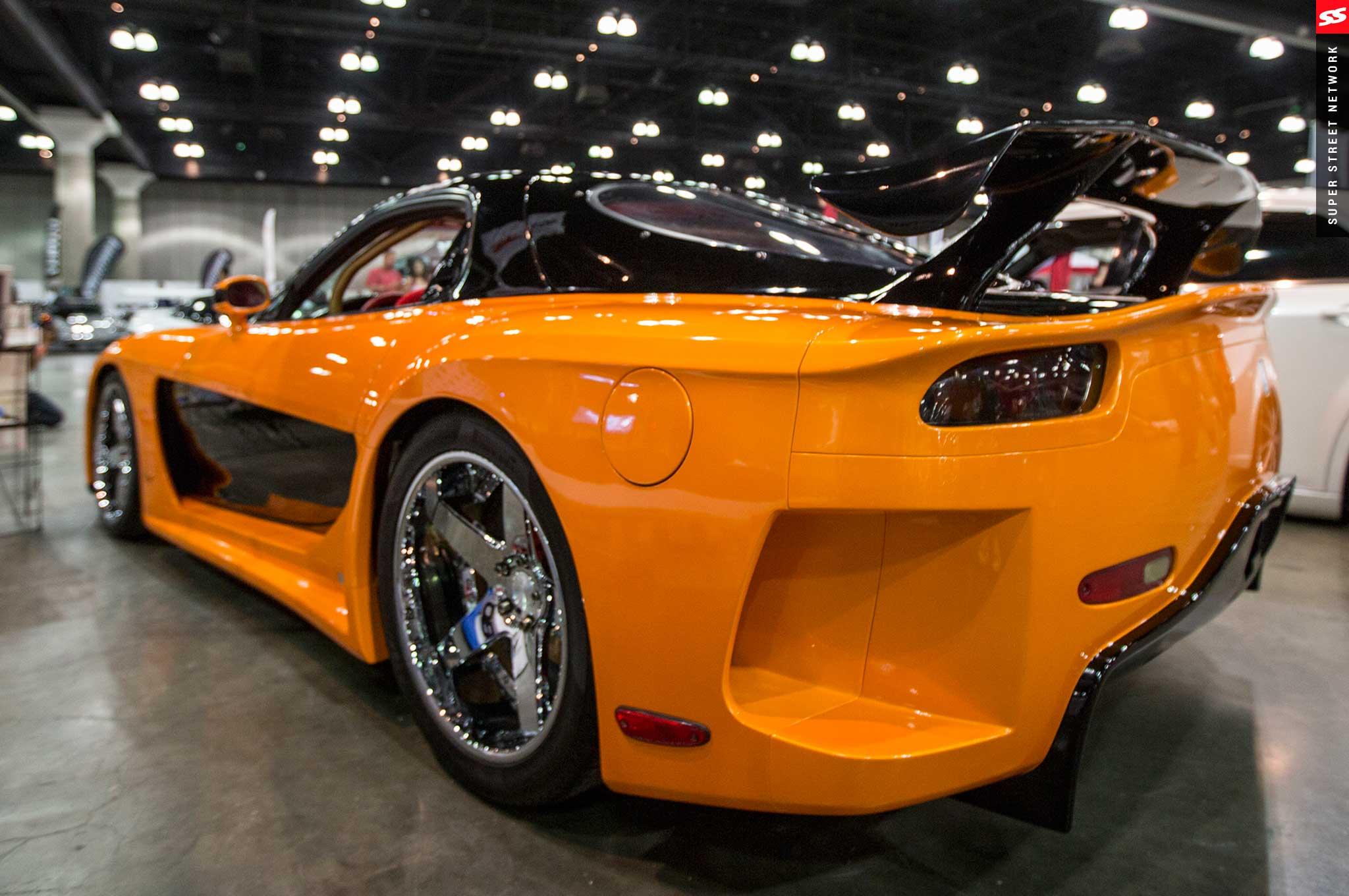 2016 Mazda Rx7 >> Throwback Mazda Rx 7 At Autocon La 2016