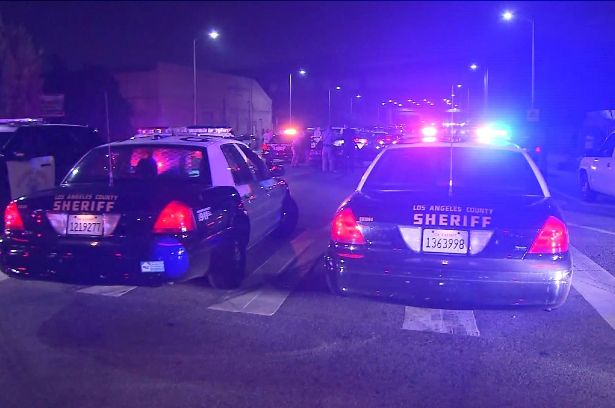 44 Arrested 54 Cars Impounded In L A Street Racing Sting Operation