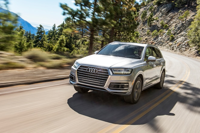 2017 Audi Q7 30T Quattro front three quarter in motion 04