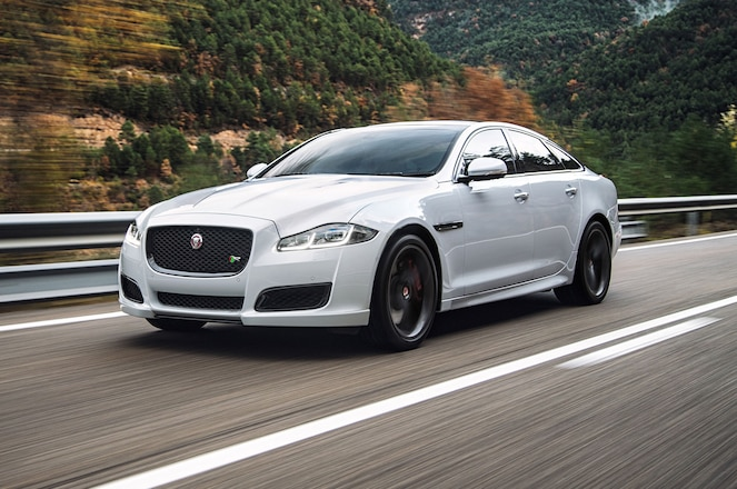 2016 Jaguar XJR Front Three Quarter Motion