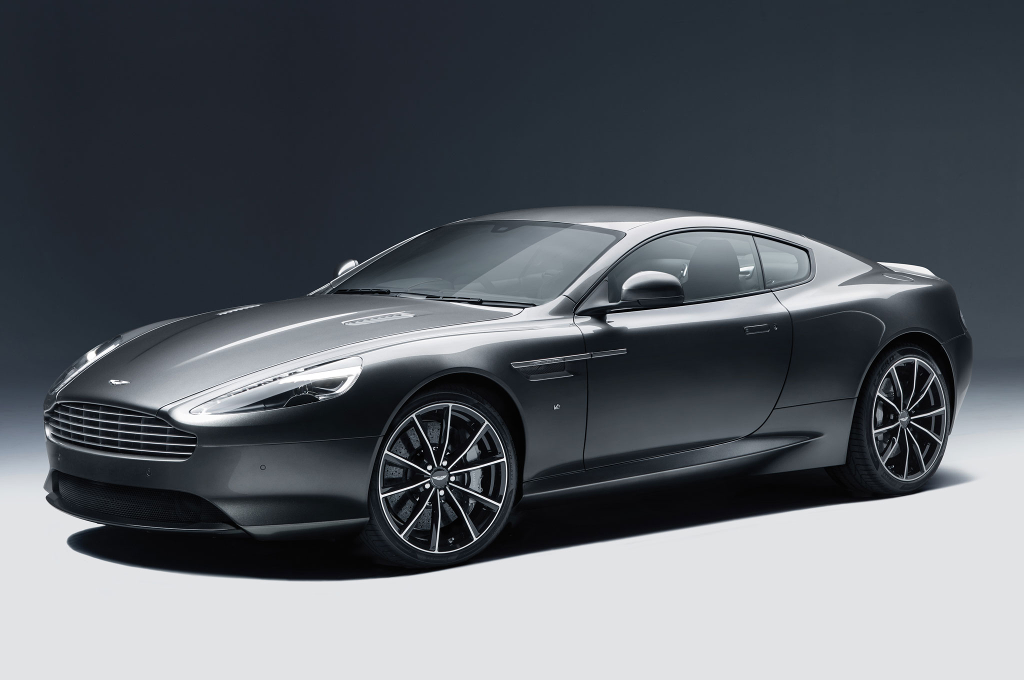 540hp 2016 Aston Martin Db9 Gt Unveiled Photo Image Gallery