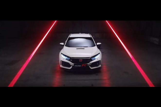 2017 Honda Civic Type R front look in new video