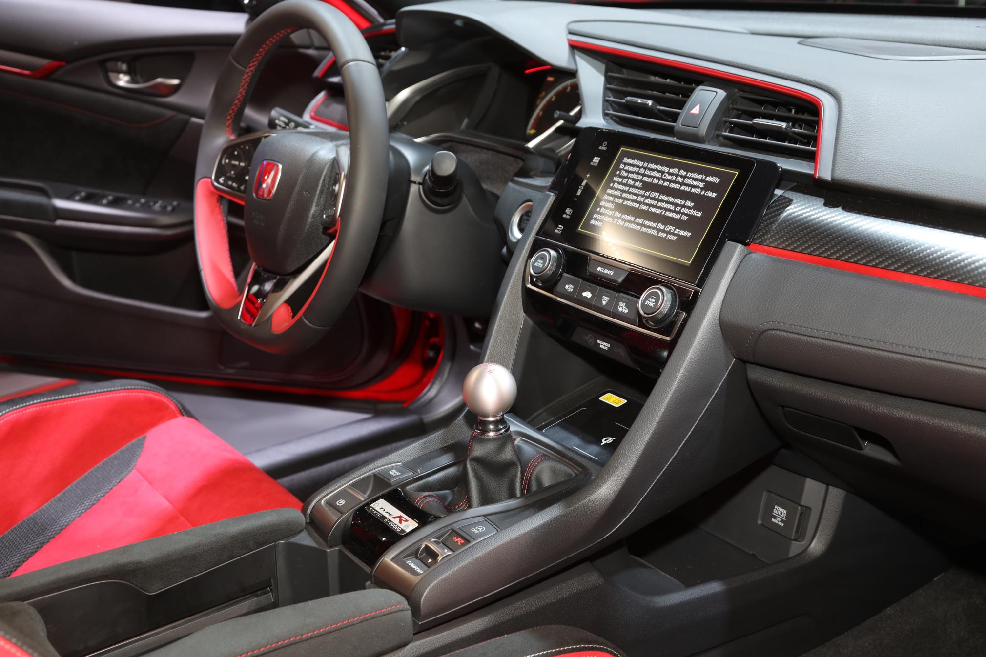 Peachy Hear The 2017 Honda Civic Type R Start Its Engine W Video Creativecarmelina Interior Chair Design Creativecarmelinacom