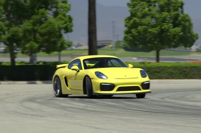 Porsche Cayman GT4 ignition screenshot