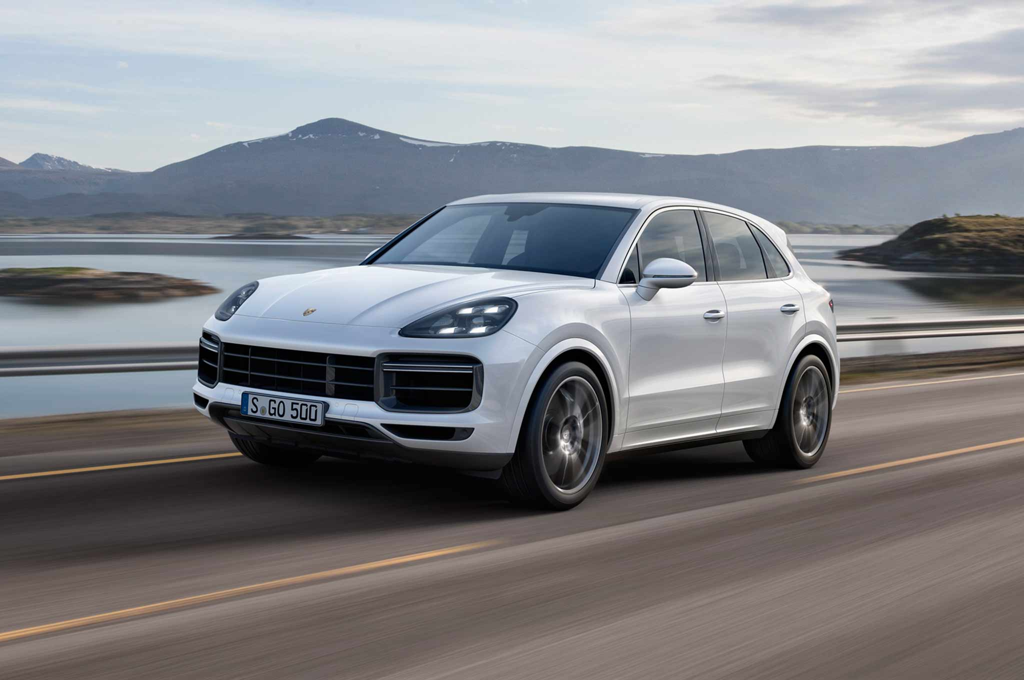 2019 Cayenne Turbo Front Three Quarter Motion