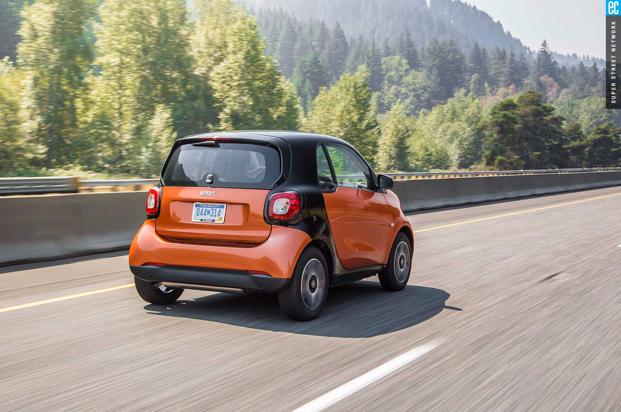 2016 Smart Fortwo Driver Side Rear View
