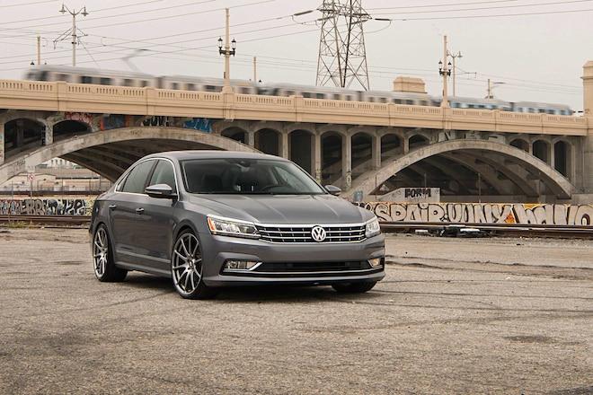 2016 VW Passat V6 SEL Premium Front Bumper