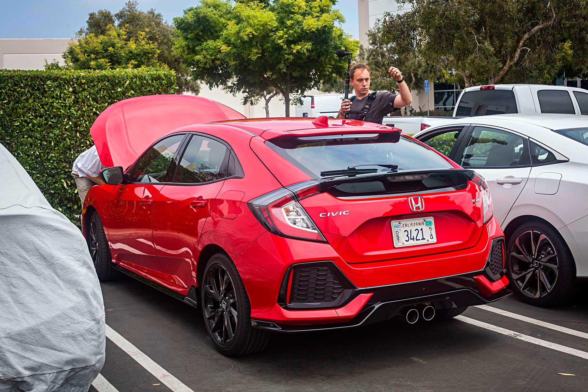 Modified 2017 Honda Civic Hatchback Rear Per