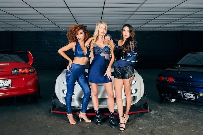 Meet The 2018 Toyo Tires Girls