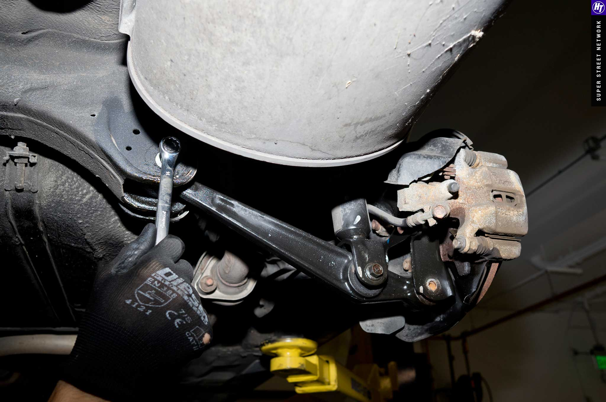 5th-Gen  Honda Civic Coilover Install
