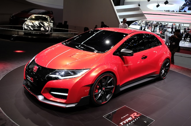 Honda-Civic-Type-R-concept-show-floor-front-side-view