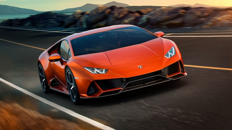 Lamborghini Huracan Evo Front Three Quarters