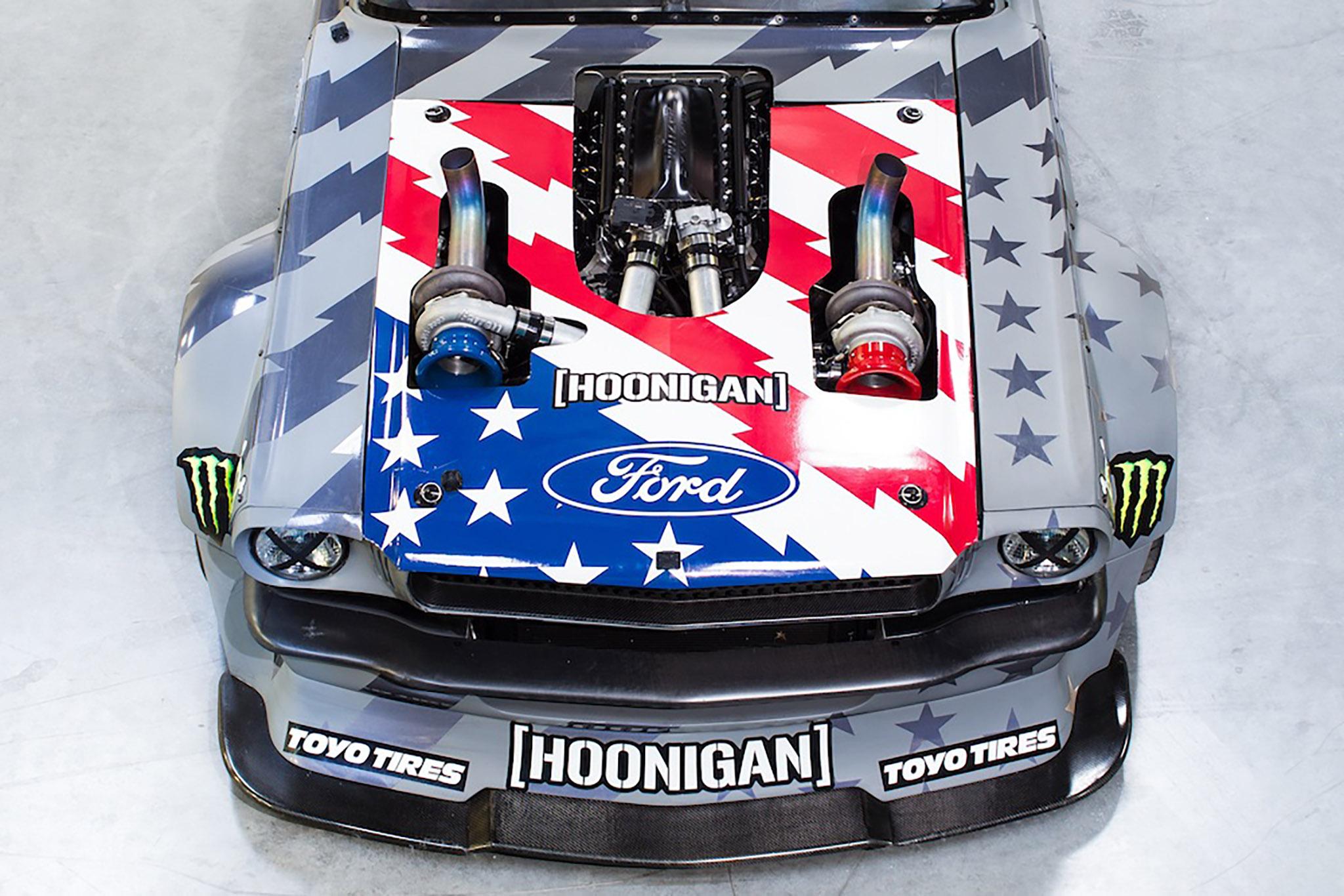 Hoonigan v2 closeup