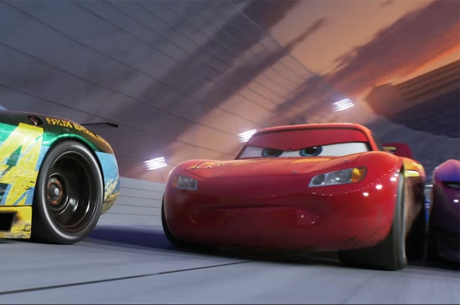 Cars 3 Lightning McQueen screen shot