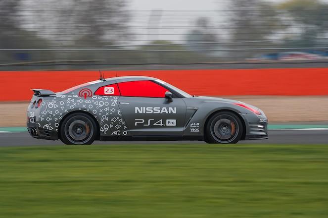 Nissan GT R C side