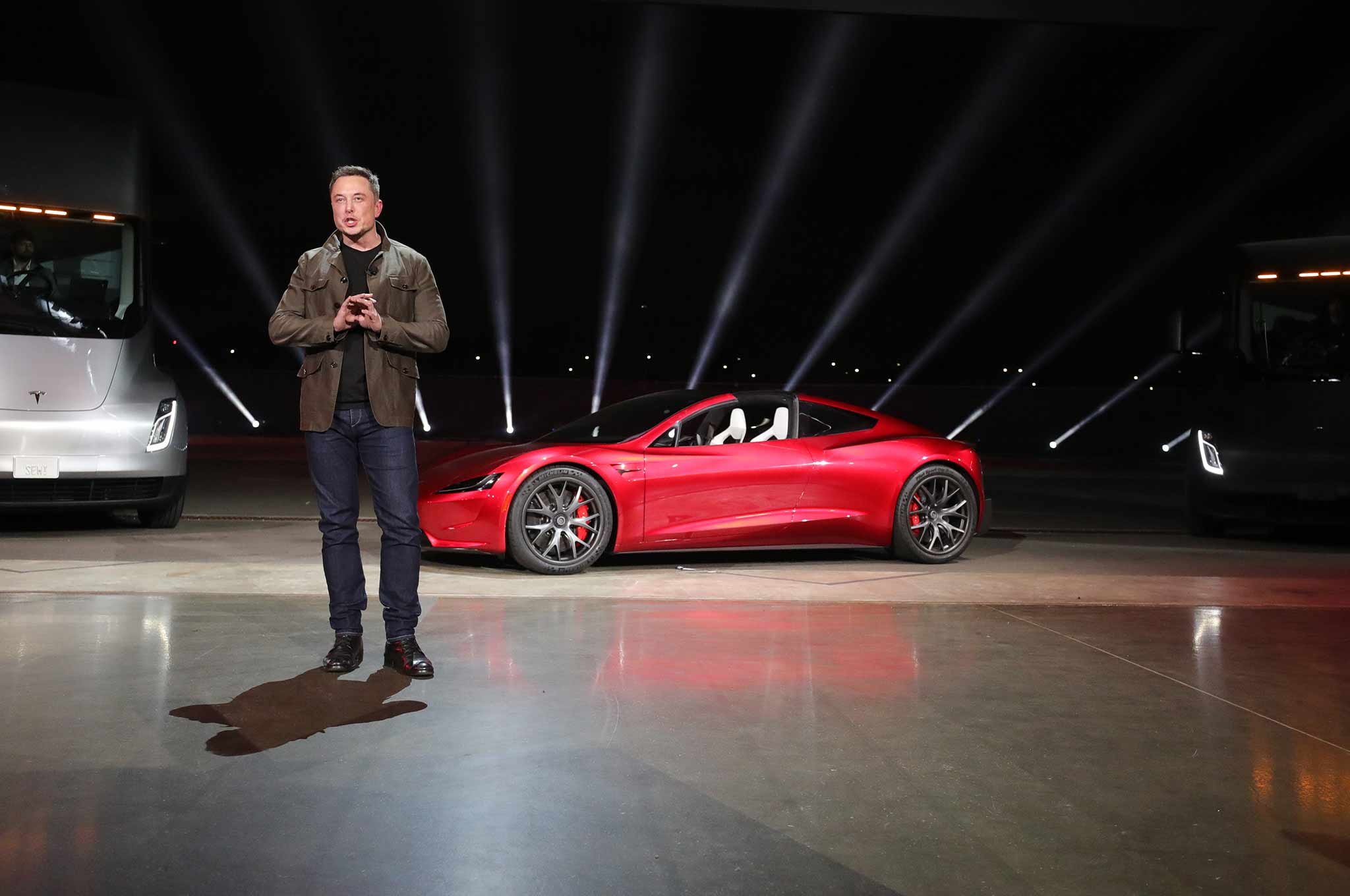 2020 Tesla Roadster Makes Surprise Debut Does 0 60 In 1 9