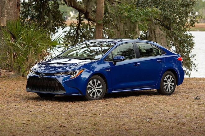 2020 Toyota Corolla LE Hybrid Driver Side Front View