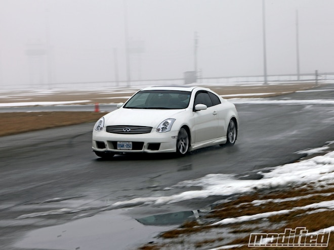 2006 Infiniti G35 Coupe - Tire Review