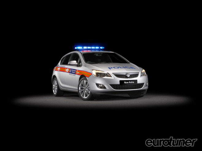 eurp_1004_new_astra_police_car