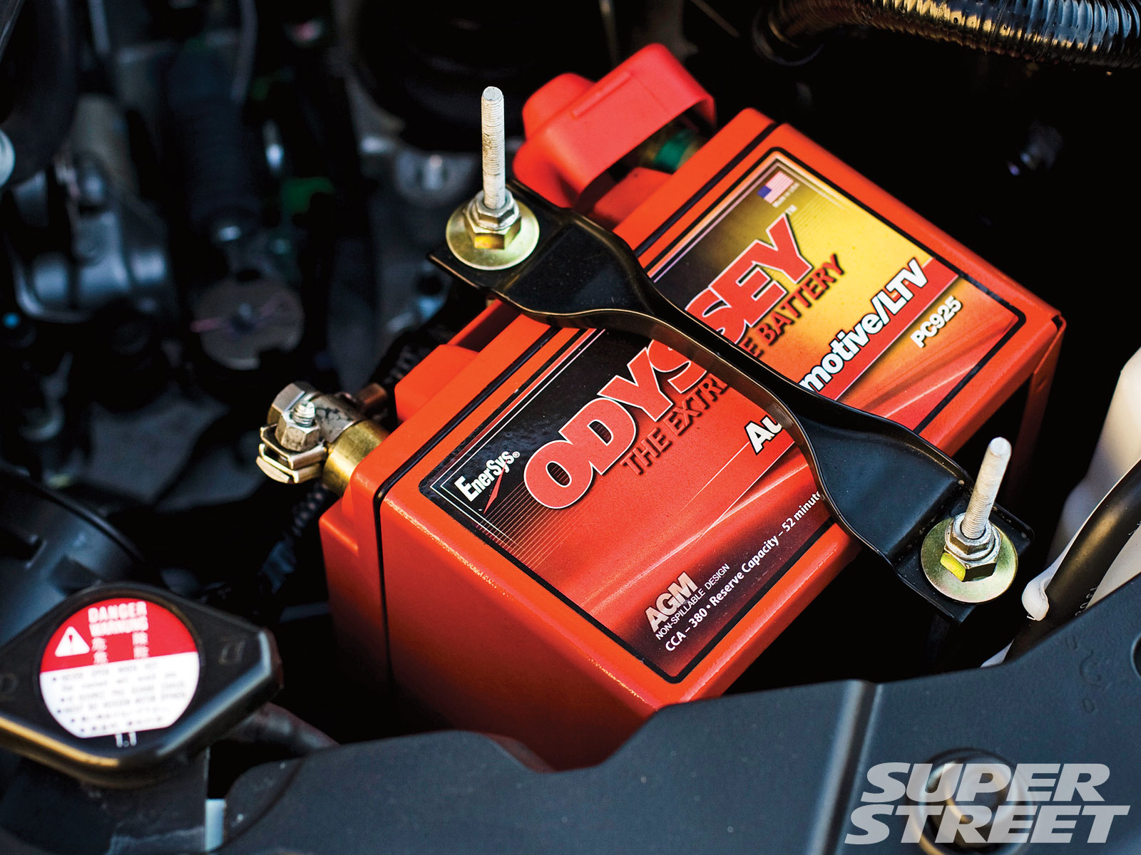 Sstp 1006 05 O 2009 Honda Civic Si Battery View