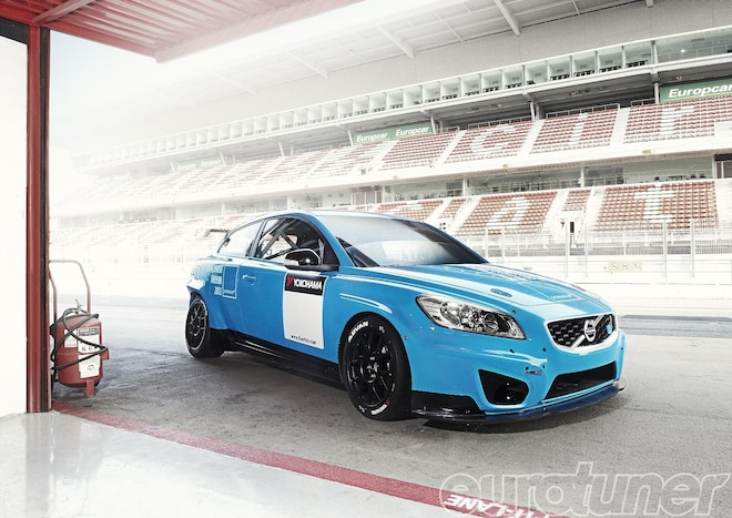 Volvo C30 in WTCC World Touring Car series - Web Exclusive