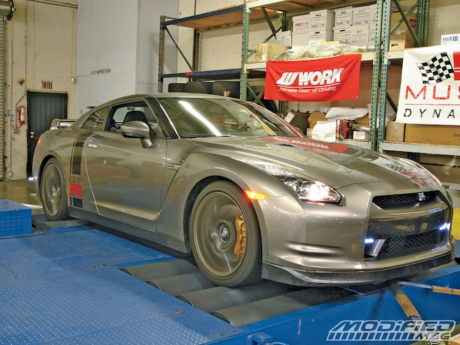 2009 Nissan GT-R - TiTek Innovations Exhaust - Godzilla Gets Some Titanium Bling