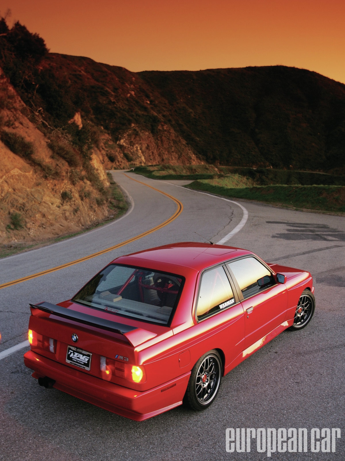 Epcp_1106_01_z+1988_bmw_m3+rear_view