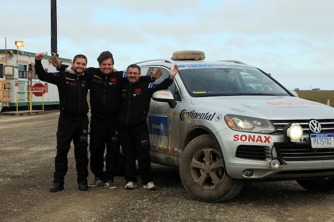 Volkswagen Touareg TDI Clean Diesel SUV Powers Rainer Zietlow and Team to New Record on World's Longest Highway - Web Exclusive