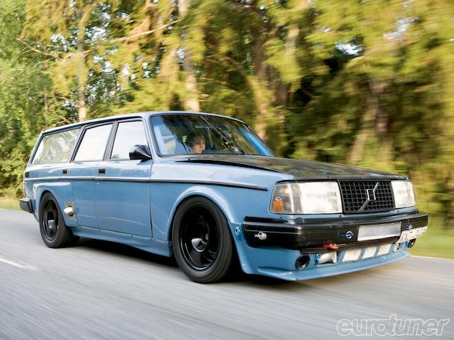 1981 Volvo 245 DL - Race Wagon