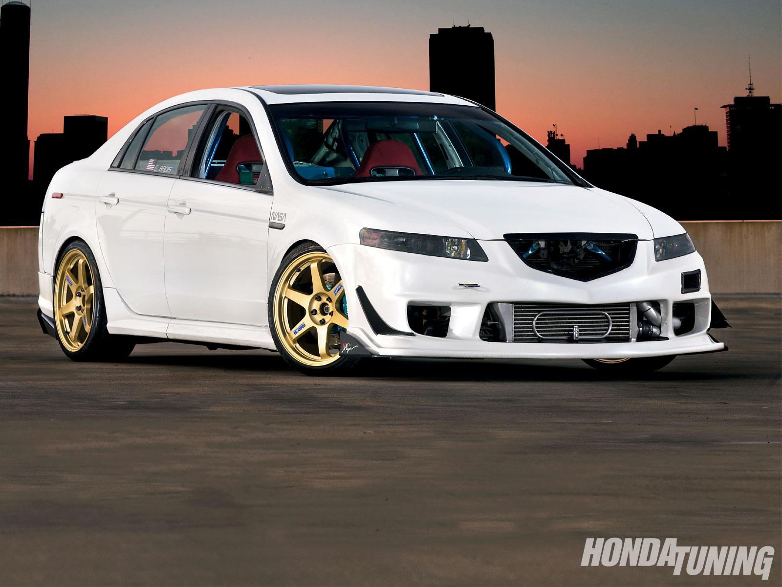 2005 Acura TL - Daring To Be Different - Honda Tuning Magazine