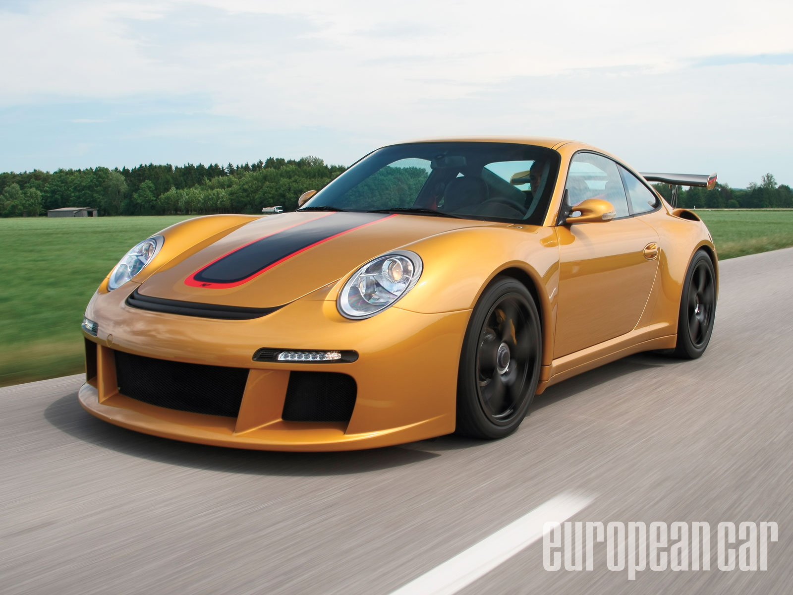 Porsche Ruf RT12R - Faster And Faster