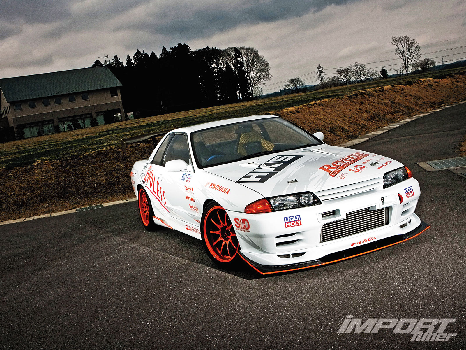 Top 10 Nissan Skyline GT-R Features - Import Tuner