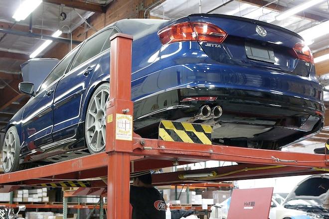 Sema 2013 VW Jetta Helios Tribute Car Build 01
