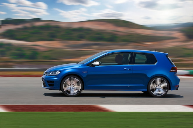 2015 VW Golf R Euro-spec - Tested