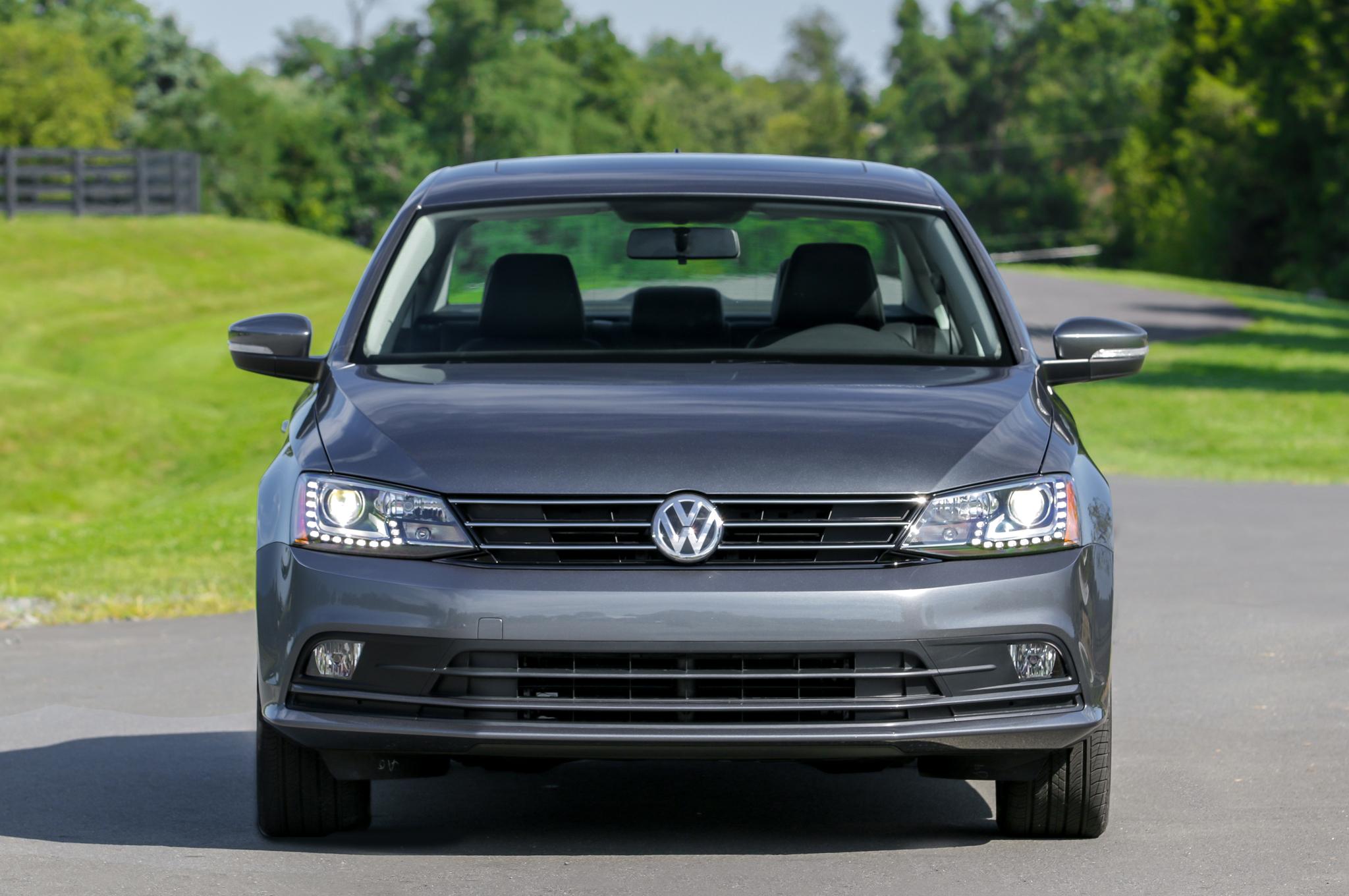 2017 Volkswagen Jetta Tsi Front End