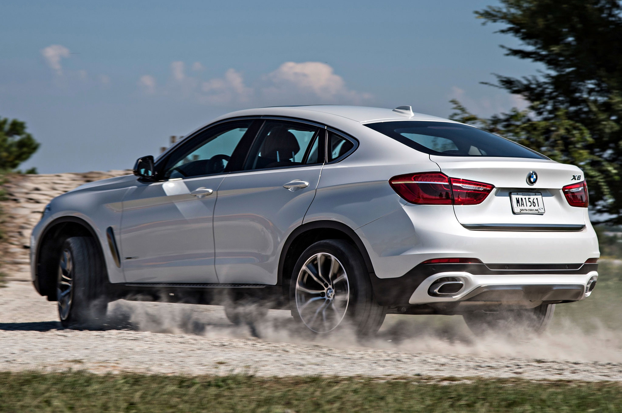2015 Bmw X6 Xdrive 50i First Drive Amp Review
