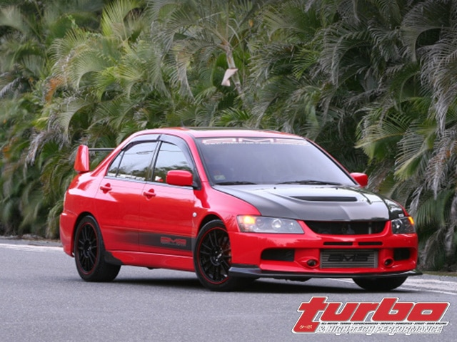 0802_turp_08_z+2005_mitsubishi_evolution_viii+right_front_view