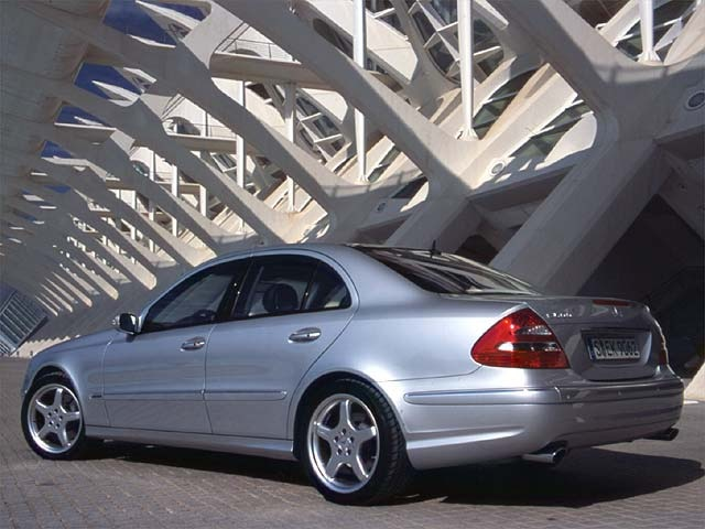 2003 Mercedes Benz E500 First Look Review European Car Magazine