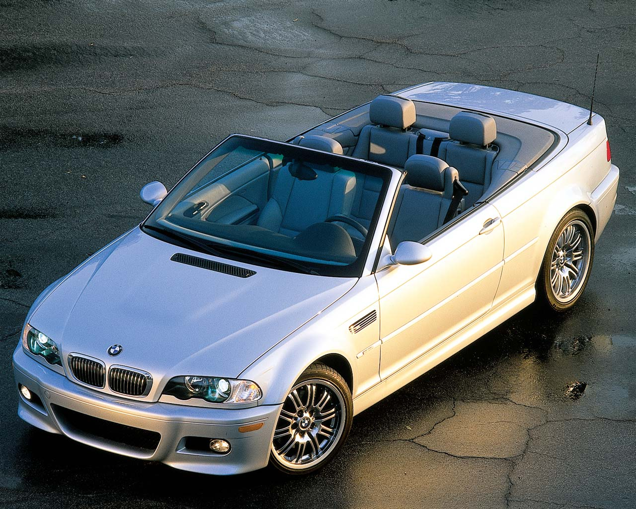 0207 01zoom 2001 Bmw M3 Convertible Front Overhead View Photo 1