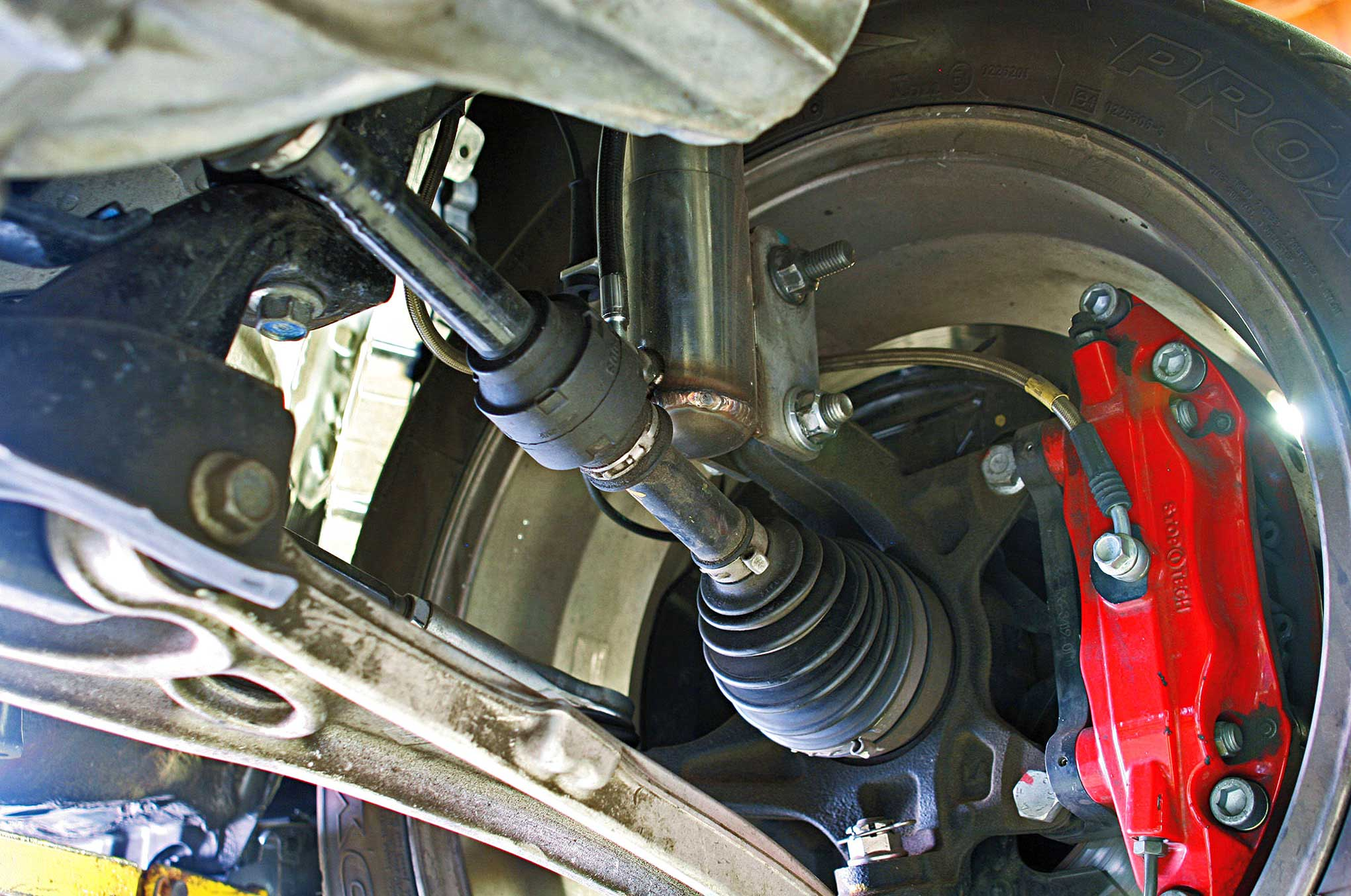 New Premium Fuel Pump /& Strainer Will Fit Various Mitsubishi Vehicles