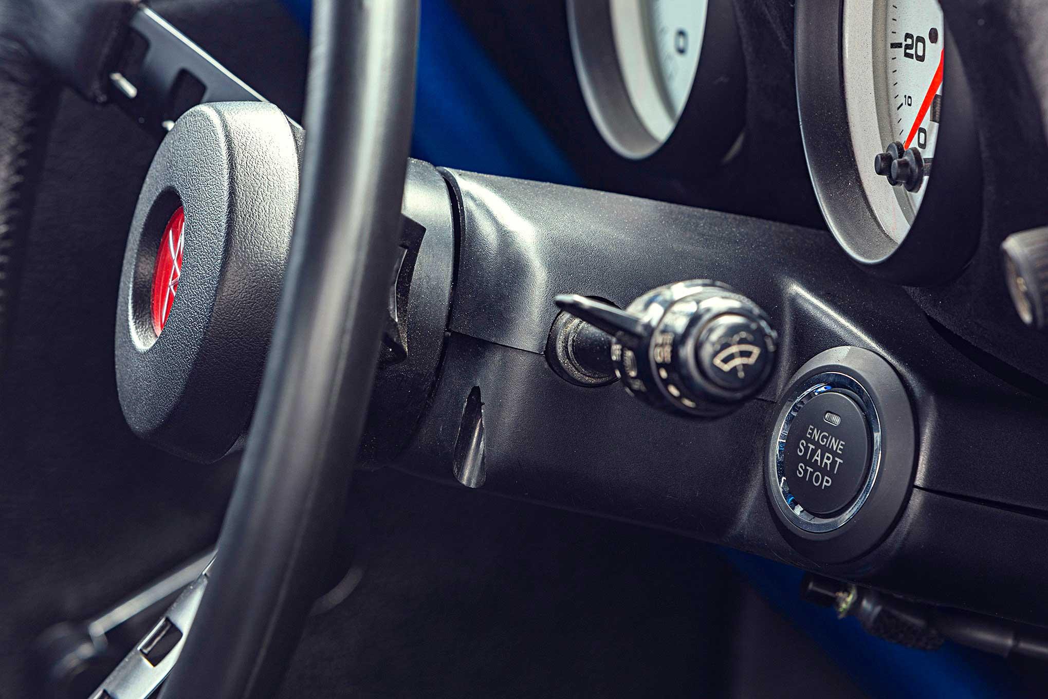 1973 Datsun 240Z - The Naked 100 Z