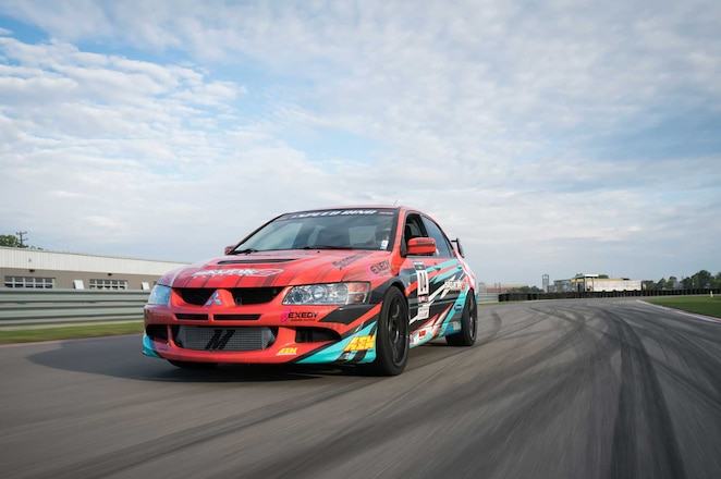 Project Motovicity Evo 8 - Behind the Wheel