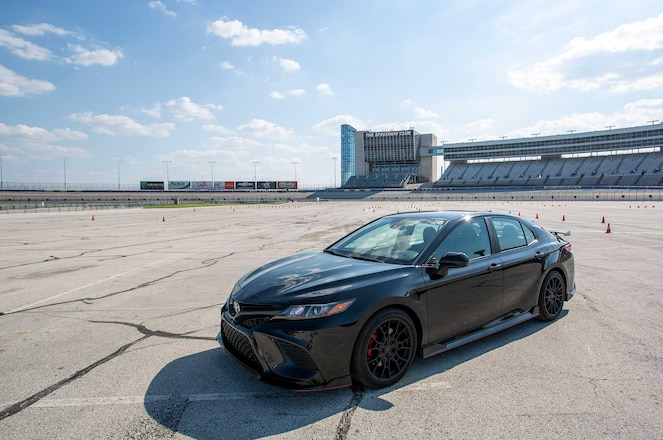 2020-Toyota-Camry-TRD-Driver-Side-Front-View-01