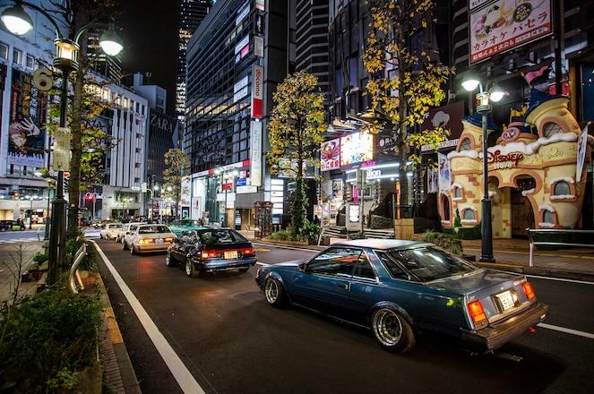 Tokyo-Auto-Salon-Car-Meet-Cruise-Toyotas-01