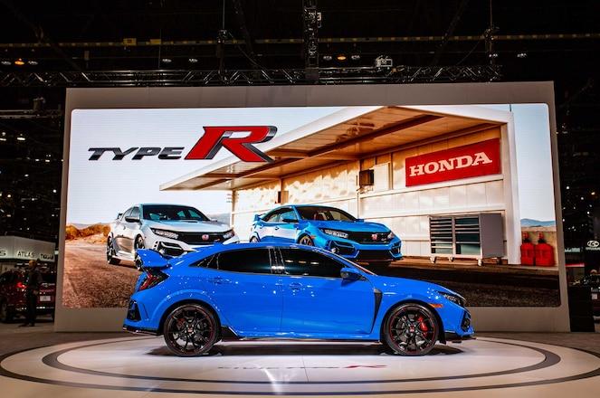2020-Honda-Civic-Type-R-Passenger-Side-Profile