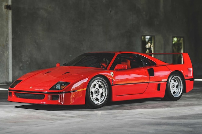 1991-Ferrari-F40-Driver-Side-Front-View-01