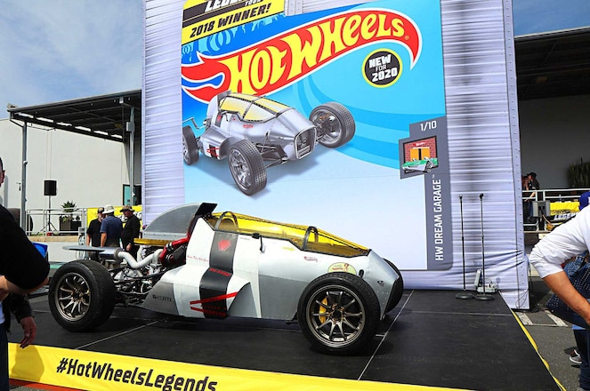 Hot-Wheels-Legends-Tour-2020-2JetZ