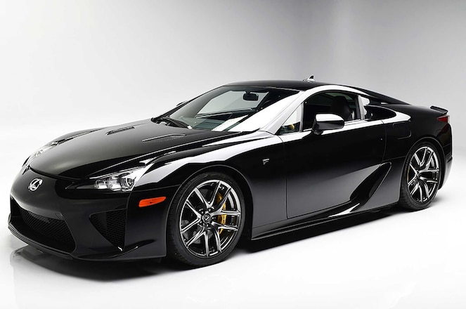 Lexus-LFA-Barrett-Jackson-Auction-Driver-Side-Front-View-01