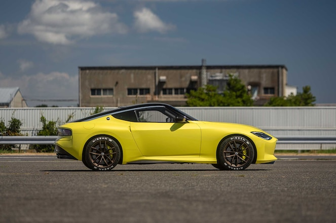 Nissan-Z-Car-Prototype-Passenger-Side-Profile